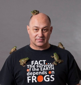 phil-bishop-frog-on-head